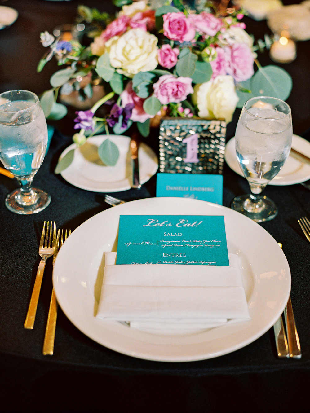 Noelle + Rich's Camby Vow Renewal - Guest Table Reception Inspiration