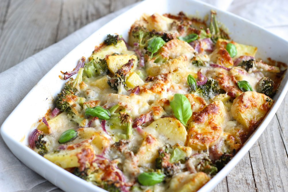 Healthy Cheesy Scallop Potatoes © Evolve Fitness