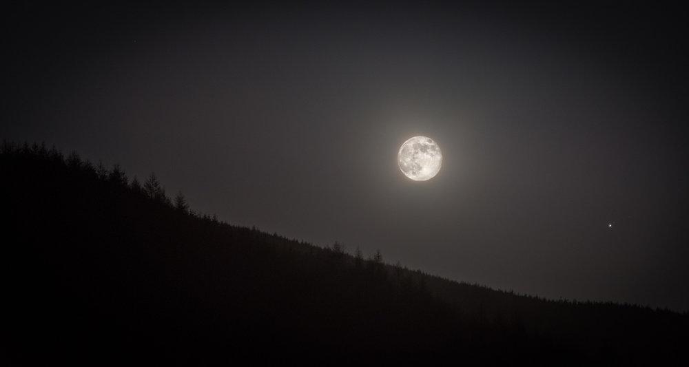 Moonscape-2-2.jpg