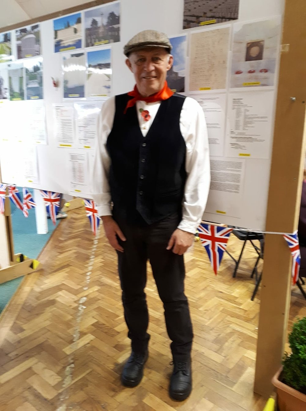 Mr Mole Chairman of Oakley Parish Council and one of the organiser's of the Armistice Day Weekend Events