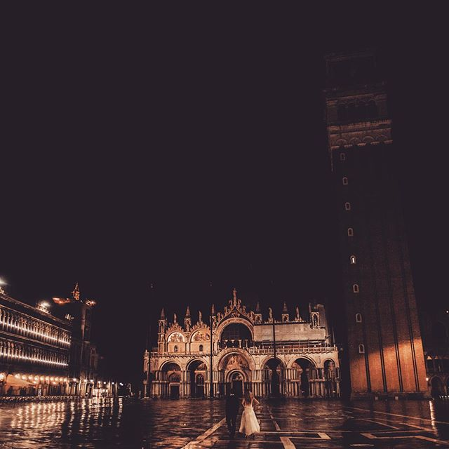 Venice by night #piazzasanmarcovenezia