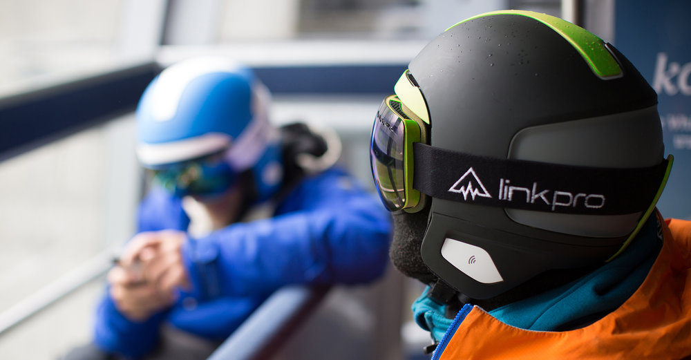 Link Pro - Curventa - In situ - snowboard - helmet - communication - headphones - black helmet - blue helmet