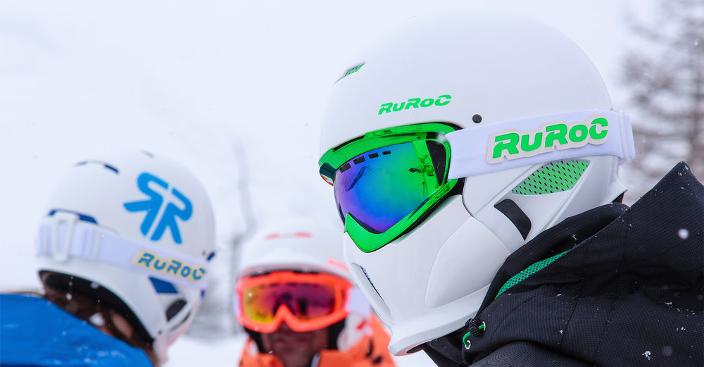 Ruroc - RG1 - Curventa - helmet - snow - snowboarding - sports - overview - in use