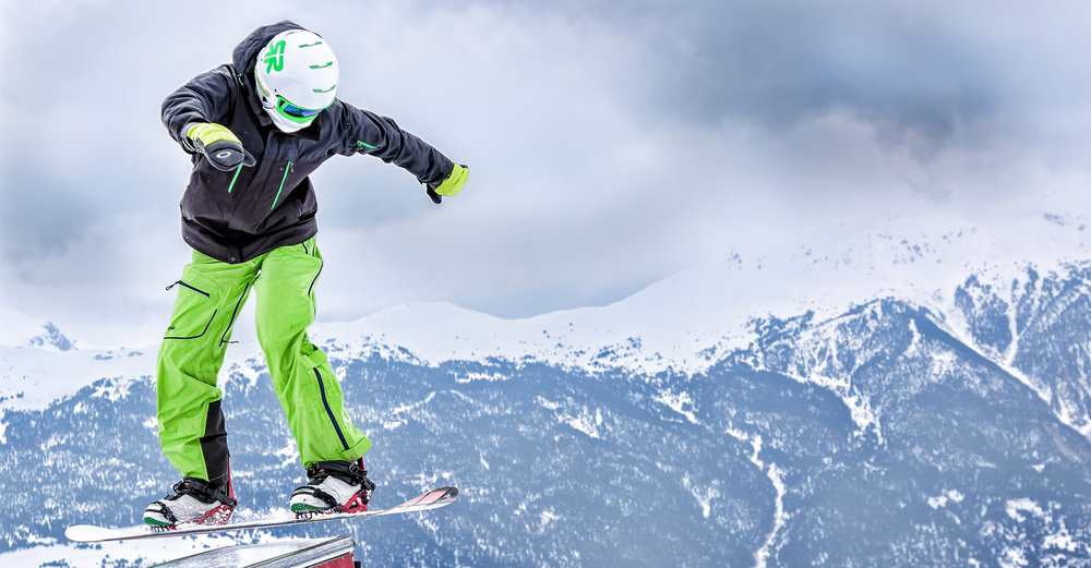 Ruroc - RG1 - Curventa - helmet - snow - snowboarding - sports - overview - mountains