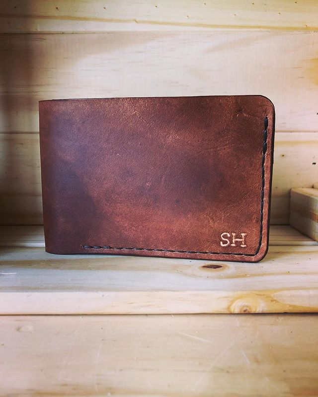 Classic Bifold in brown, with initials inscribed. We're still at the QV1 markets today and tomorrow, so come say hi! • • • • #leather #leathercraft #wallet #leatherwallet #artisan #handmade #travel #adventure #outdoors #style #fashion #rustic