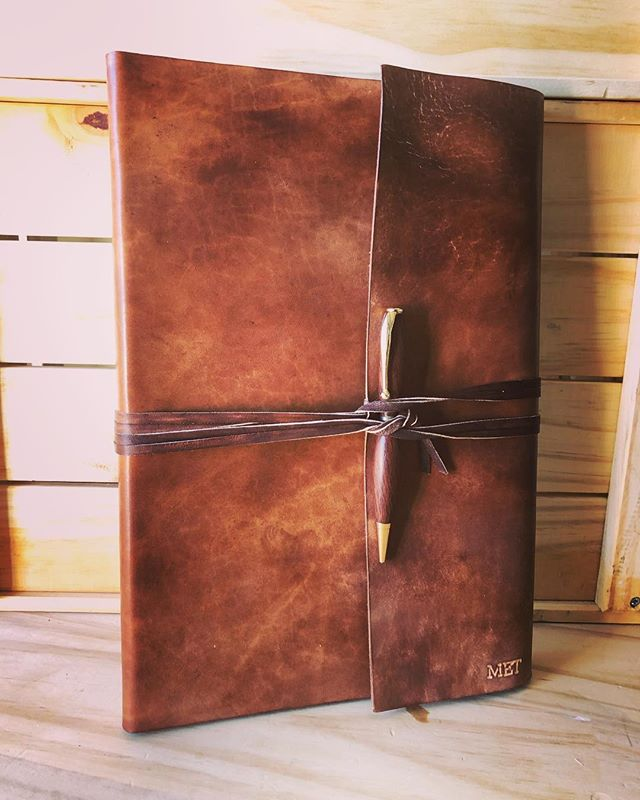 A large wraparound journal in brown. • • • • #leather #leathercraft #journal #notebook #diary #sketchbook #bulletjournal #bookbinding #bookbinder #artisan #handmade #leatherbook #leatherjournal #book #travel #adventure #outdoors #traveljournal