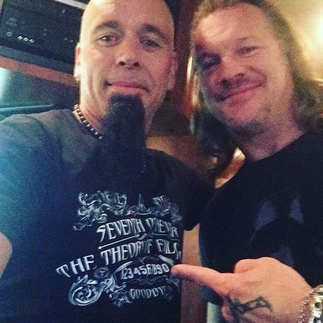 When Chris Jericho approves your swag on tour with Fozzy, one tends to get excited. #seventhofnever #fozzy #fozzynation #swag #localmusic #stlmusicscene #stl