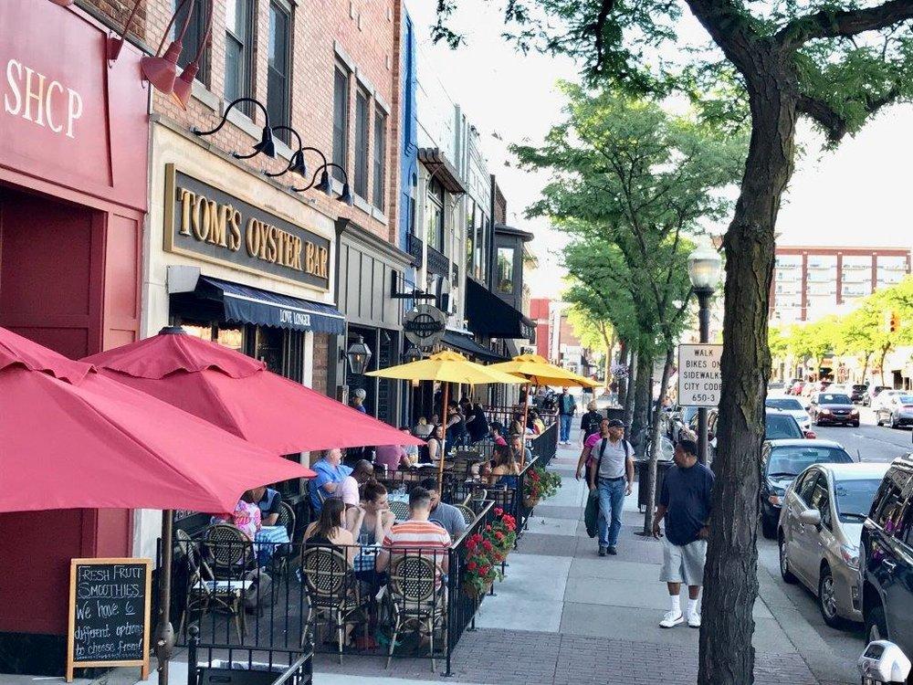 Downtown Royal Oak summer 2017 outside dining (1).jpg