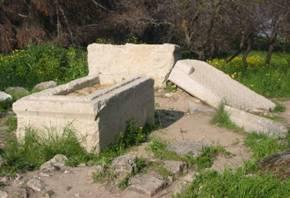 Deborah & Barak's Gravein Kadesh Naphtali 7 km from Rosh Pinah & Matulah in the North of Israel close to Lebanon