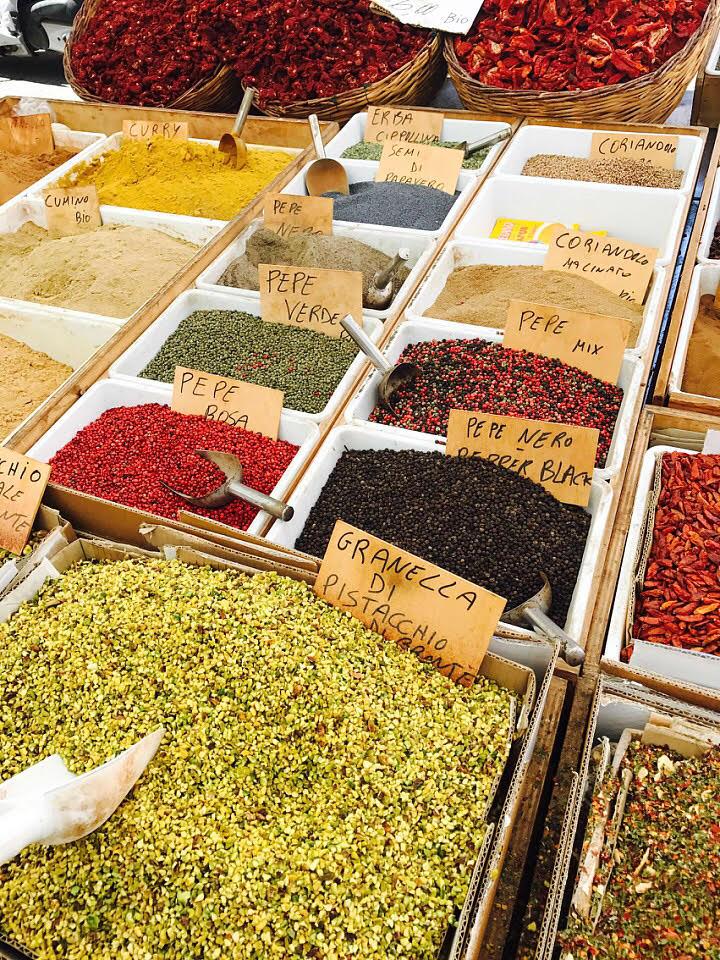 spice vendor/sicily
