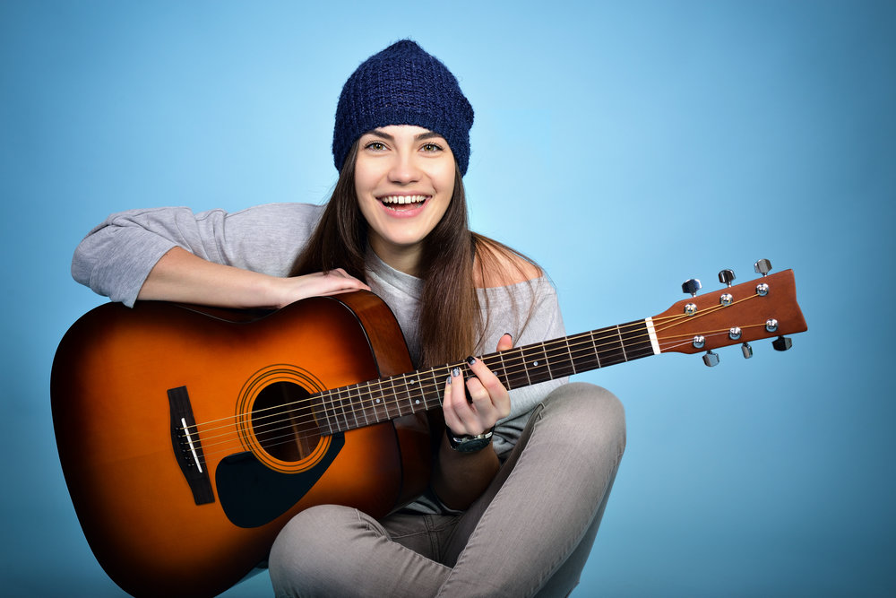 acoustic_beanie_girl.jpeg