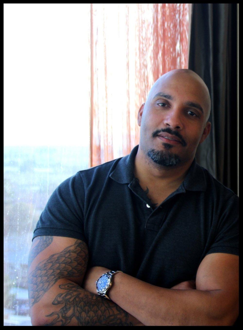 Riley Perez Author