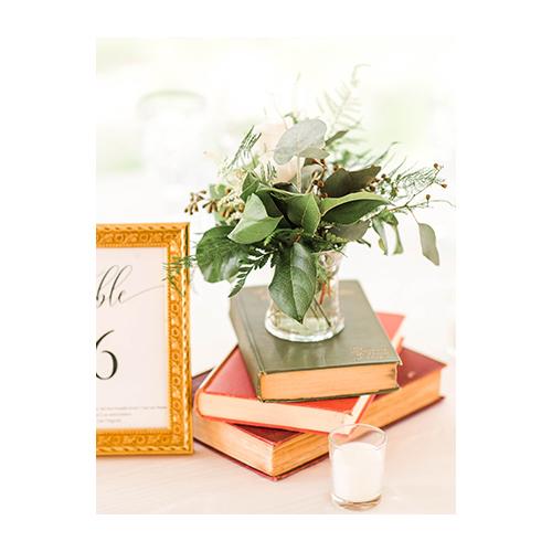 kinship-floral-weddings-instagram-vertical-5.jpg