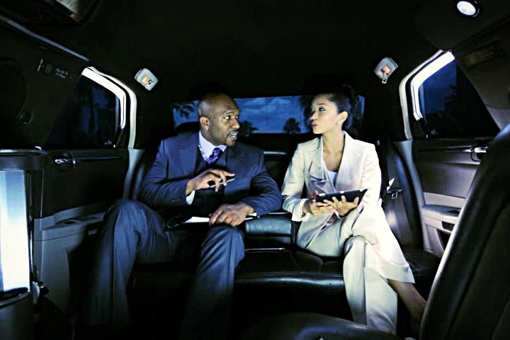 Afton_Coach-private_corporate_luxury_transport.jpg