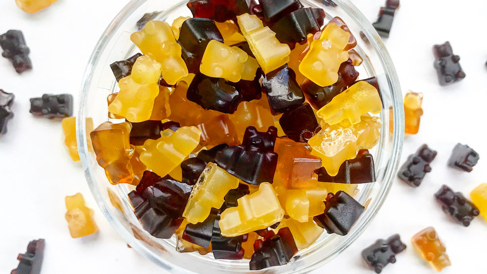 """Homemade """"Superfood"""" Gummy Bears with Vitamin C and immune-boosting herbs"""