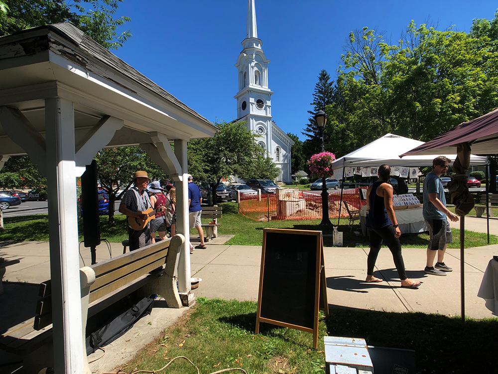 lee town_farers market_IMG_5806_small.jpg