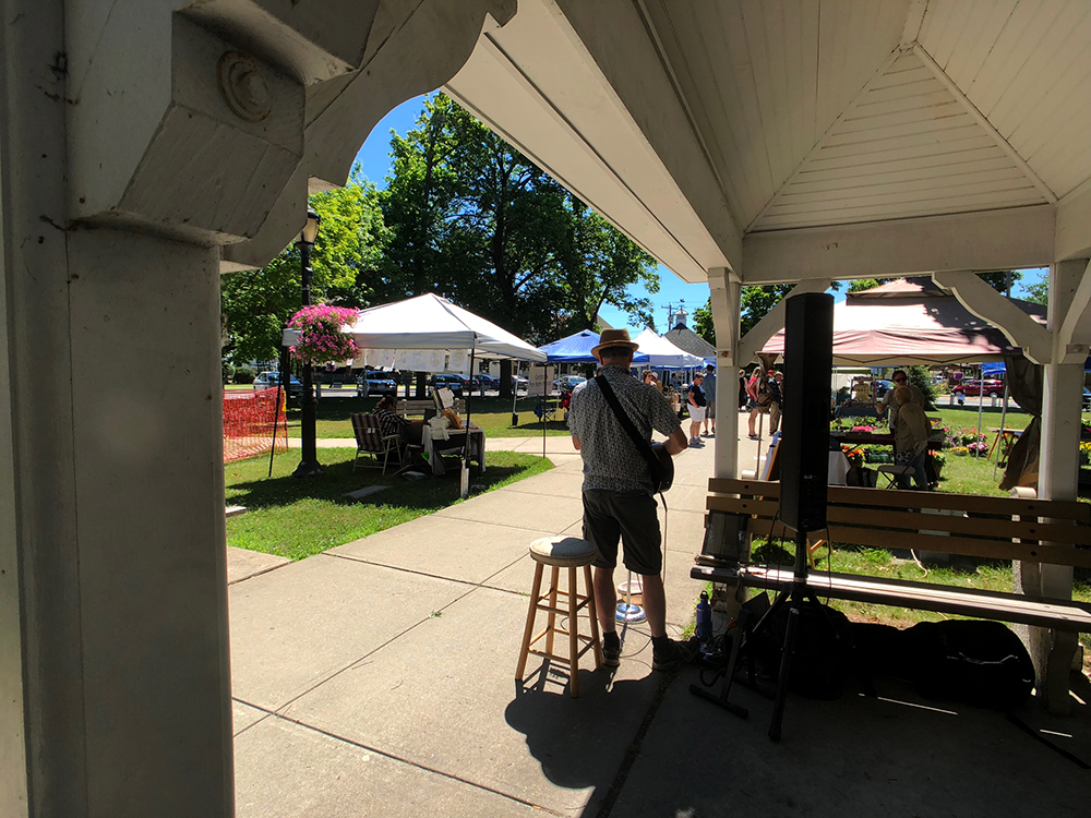 lee town_farmers market_IMG_5807_small.jpg