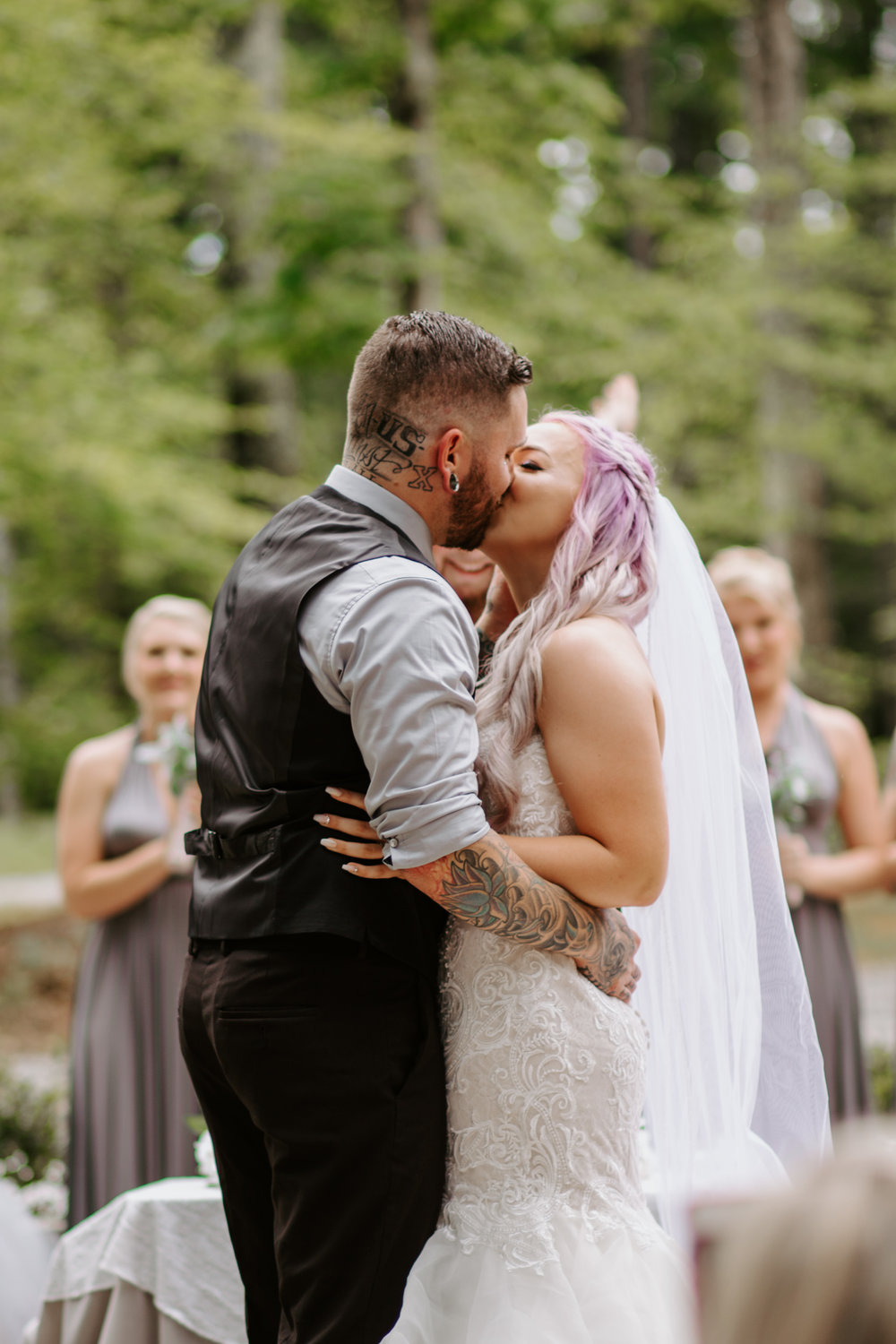 See Lexi & Aaron's Full Session