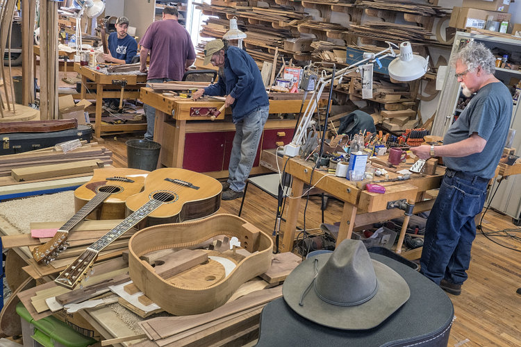 Appalachian School of Luthiery - Nestled deep in the heart of the hard-hit coalfields, the Appalachian Artisan Center (AAC) at Hindman is dedicated to promoting the work of artists and craftsmen throughout the mountains of Kentucky via marketing and professional development assistance.