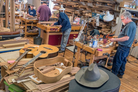 Appalachian School of Luthiery - Letcher CountyNestled deep in the heart of the hard-hit coalfields, the Appalachian Artisan Center (AAC) at Hindman is dedicated to promoting the work of artists and craftsmen throughout the mountains of Kentucky via marketing and professional development assistance.