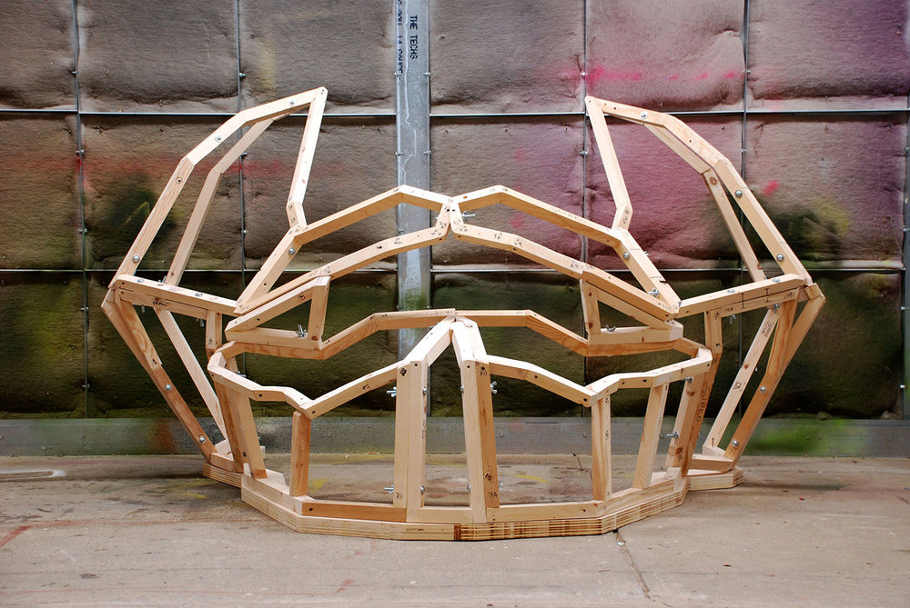 Underlying structure of the sculpture 'Crowd-Pleaser'