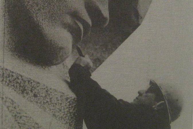 Sculptor Lev Kerbel at work