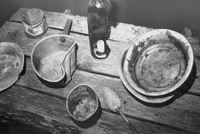 Gulag prisoners' utensils ( Gulag Museum at Perm, gulaghistory.org )