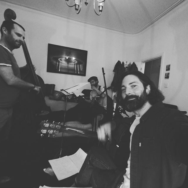 """Quick snap from Fridays rehearsal 🤘 """"nearly ready guys, just another 10 mins to check the levels"""" 😂 . . . . . #rootsmusic  #originalsong #blues #martinbrooksmusic #rehearsal #acousticmusic #recording #folk #doublebass #banjo #acousticguitar"""