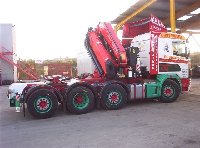 Tractor Unit Conversion - 6 x 2 midlift tractor unit converted into an 8 x 2 tractor unit for fitting of FASSI 80 ton crane.