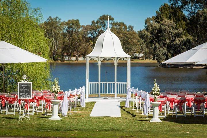 Clare_Country_Club_Weddings.jpg