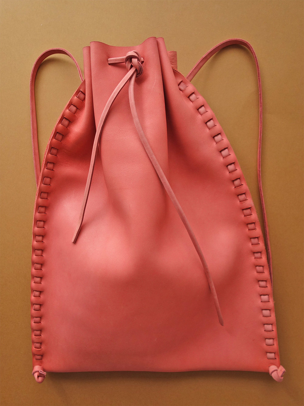 Liodebruin_Leather_drawstringbag_02.jpg
