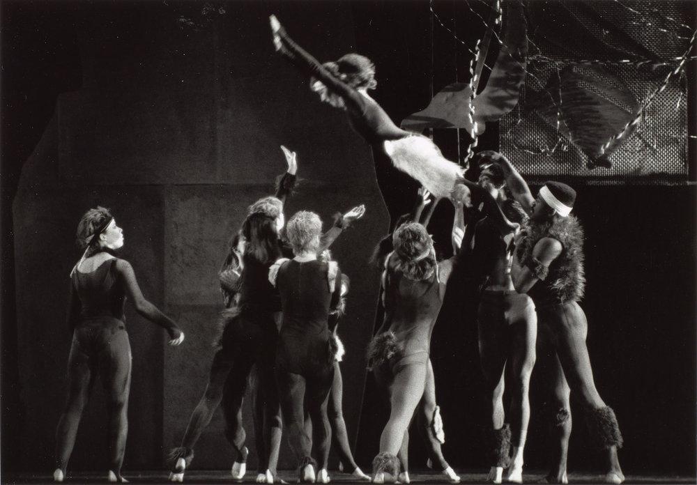 DANCE-DEPARTMENT-11-11-001.jpg