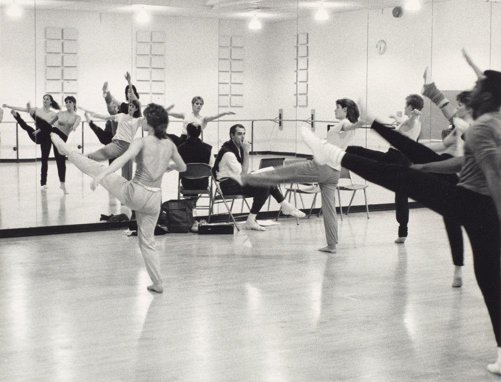 DANCE-DEPARTMENT-11-11-005.jpg