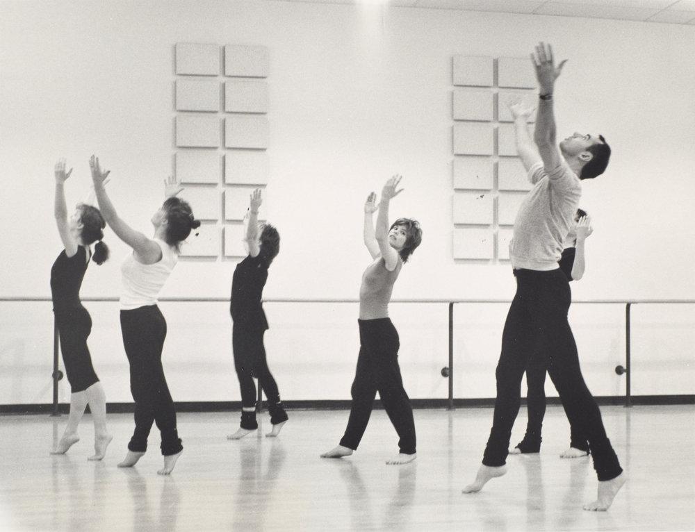 DANCE-DEPARTMENT-11-11-007.jpg