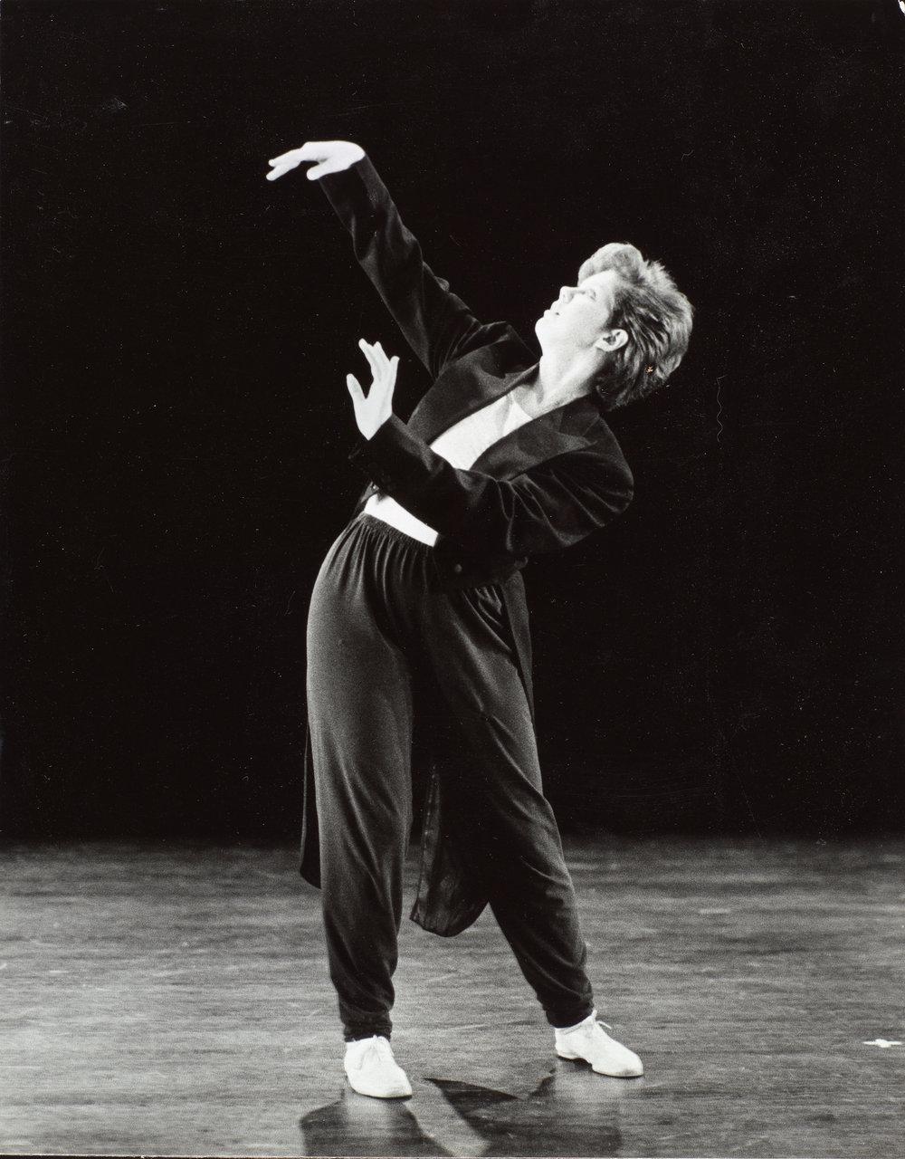DANCE-DEPARTMENT-11-10-009.jpg