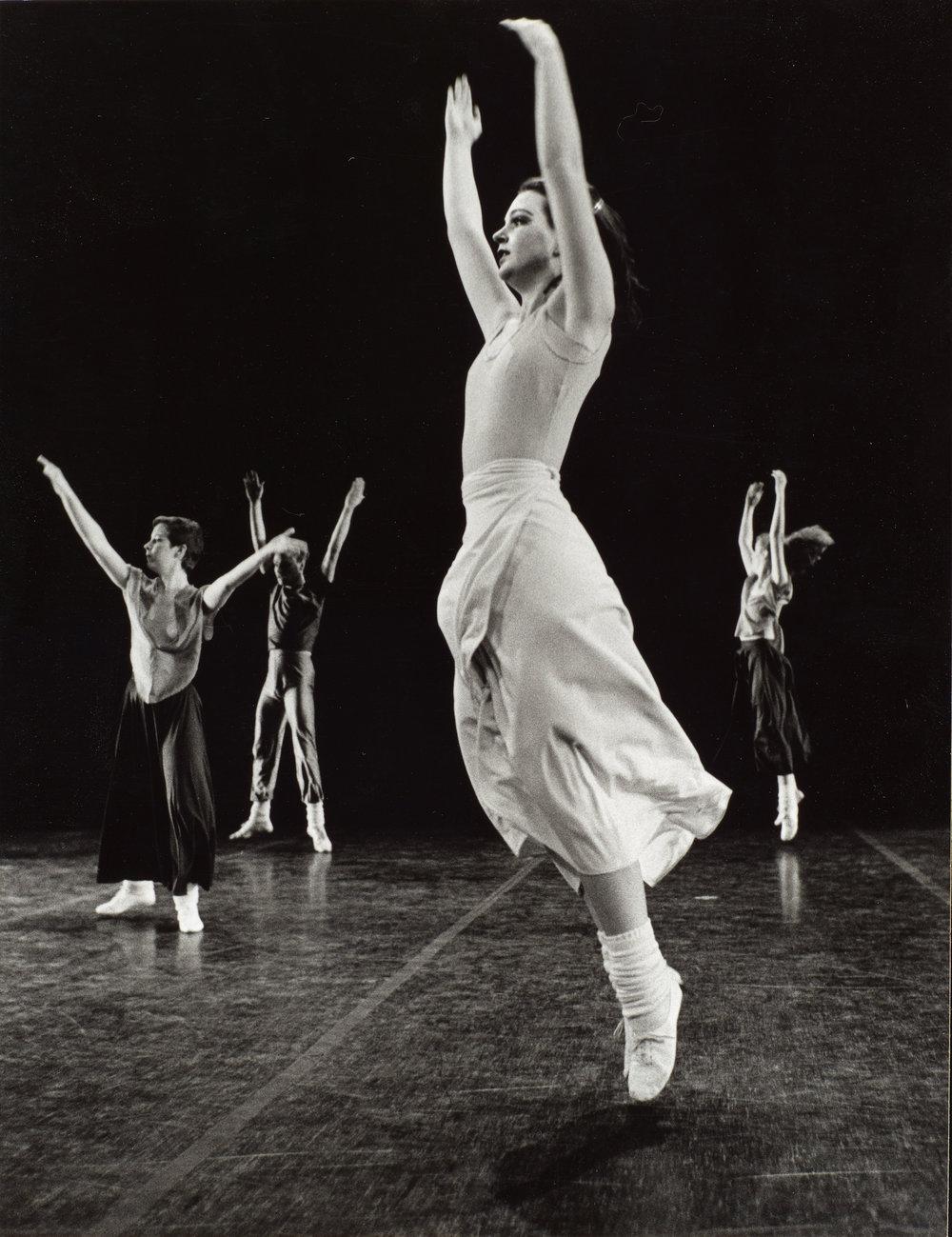 DANCE-DEPARTMENT-11-7-003.jpg