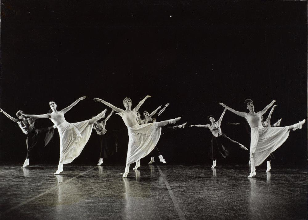 DANCE-DEPARTMENT-11-7-004.jpg