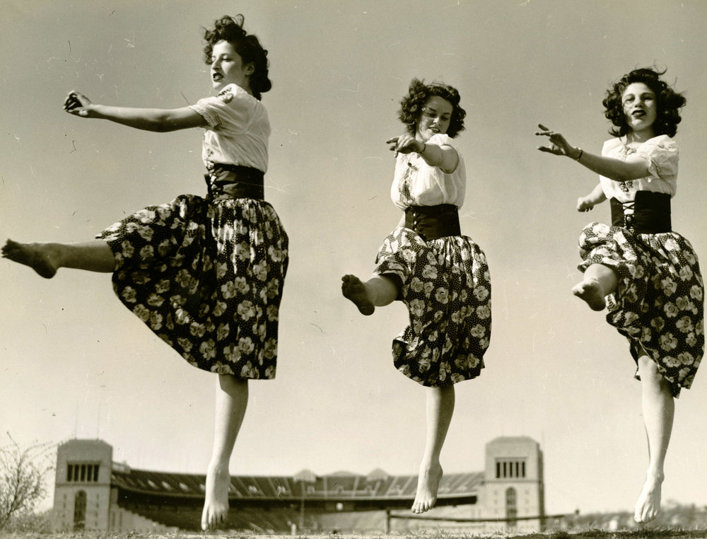 c1930s_orchesis_three_women_dancing.jpg