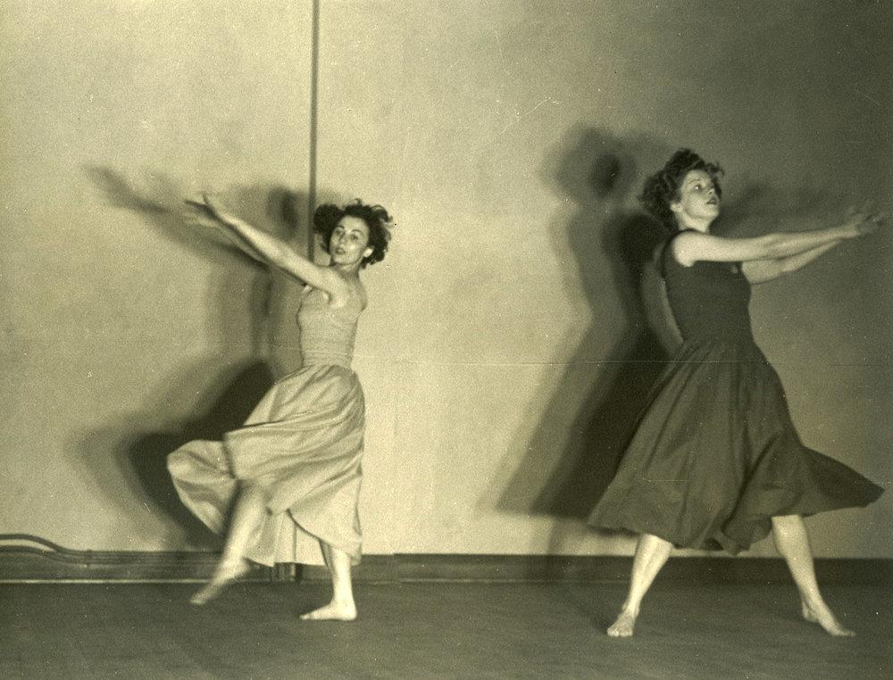 c1940s_nancy_gregson_le_valse.jpg