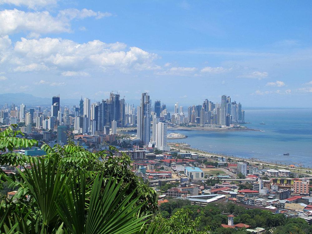 1600px-Panama_by.jpg