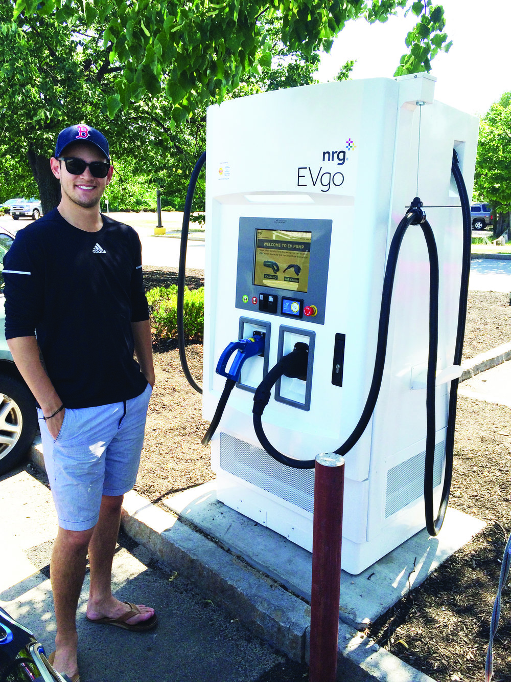 Hannaford partnered with Nissan and EVgo in 2016 to install five DC fast charging stations for electric vehicles, creating what is the first fast charging network in Maine. Customers can plug in to recharge while doing their grocery shopping.
