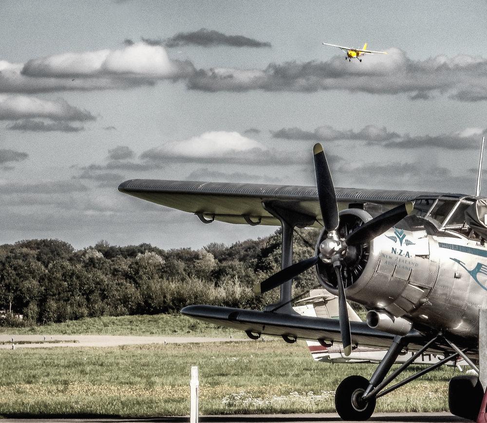Antonov passagiers vliegtuig