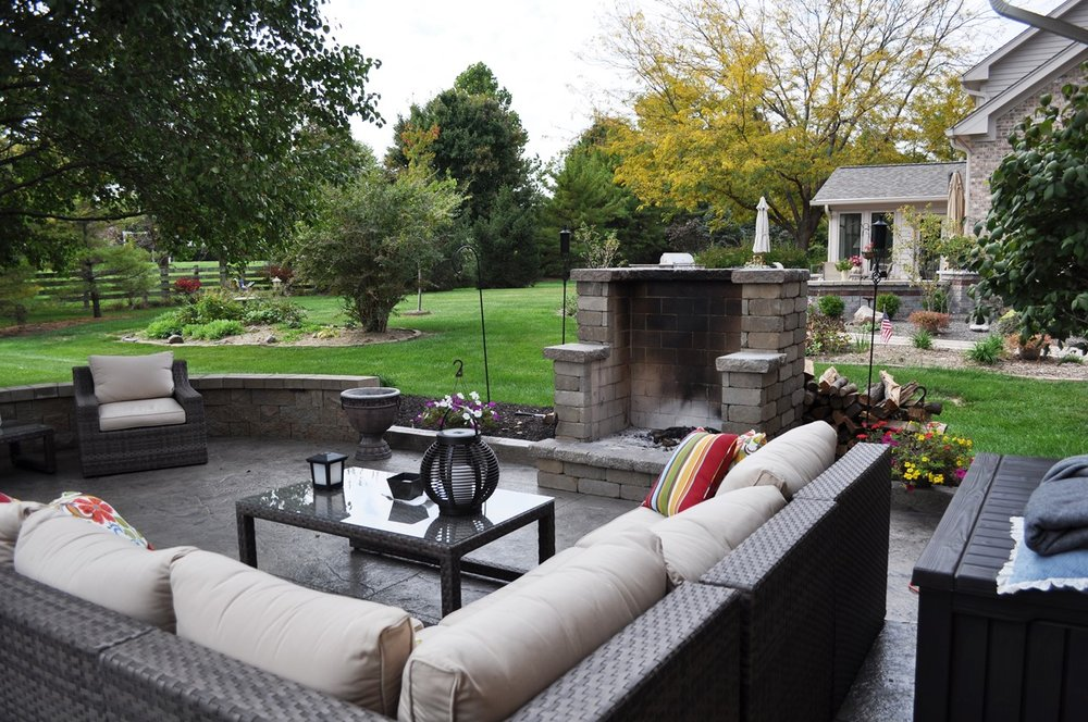 Patio, Textured Old Granite, Mocha, Charcoal, Champange wall, Buff Pewter large open concept fireplace