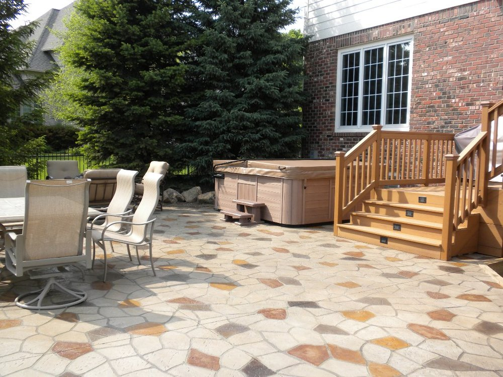 Patio Mocha, Charcoal Gray Release, Flagstone Stencil with acid stain