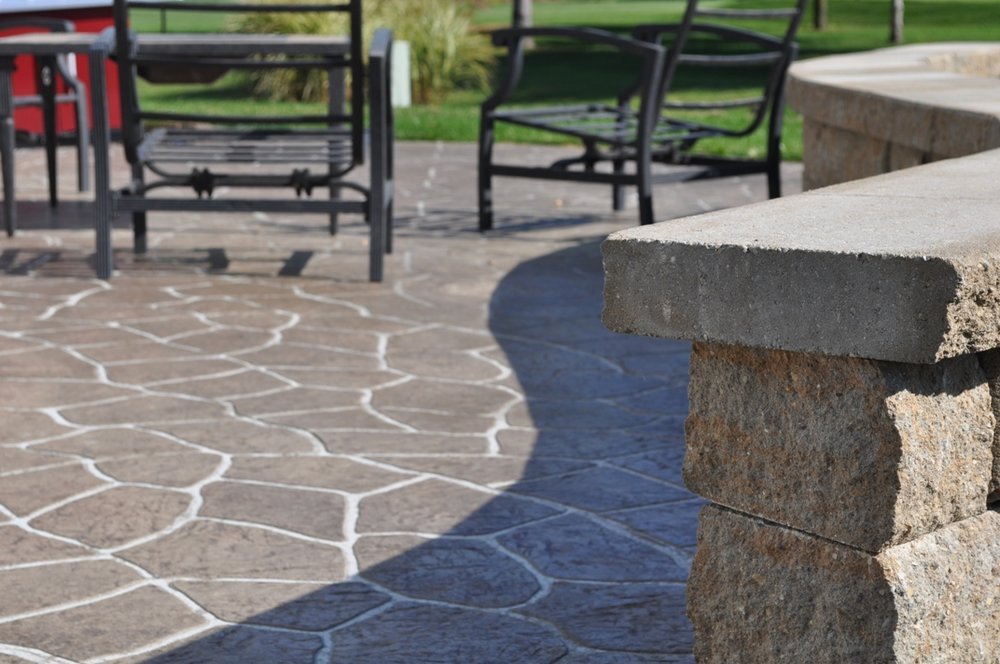 Flagstone stencil with a granite texture, Mocha color, Autumn brown release and Limestone wall 5