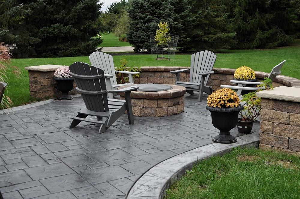 patio, grand ashlar slate stamp, dove gray base, charcoal gray release, border- Italtian slate texture, sable base, charcoal gray release 2