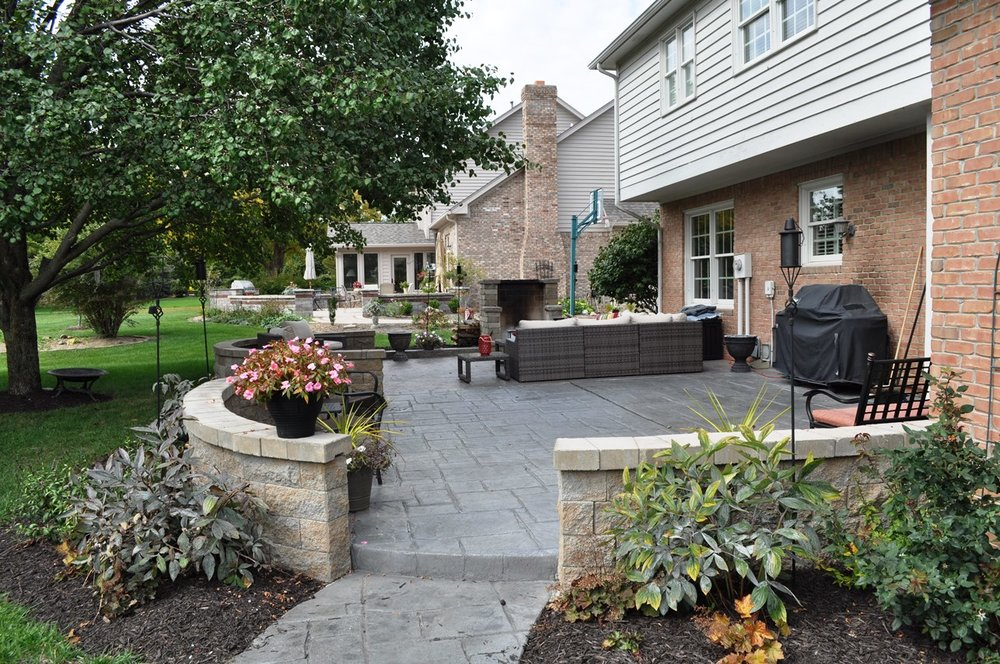 Patio, Stamped Large ashlar slate, Mocha, Charcoal, Champagne wall, Buff Pewter large open concept fireplace 2