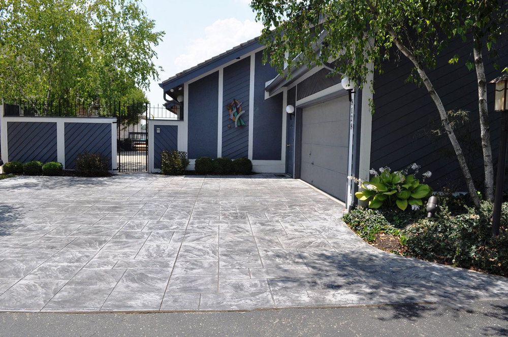 Driveway, Stamped Large Ashlar Slate, Sable, Charcoal gray