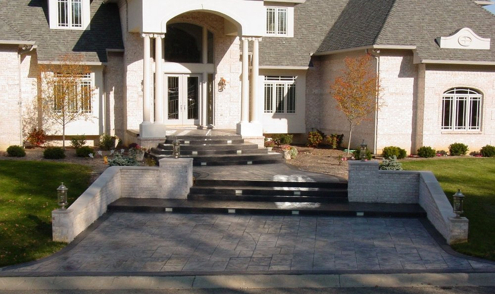 Stamp Large Ashlar Slate with Sable Border Italian Slate with Dove Gray all Charcoal Gray Release 2.jpg