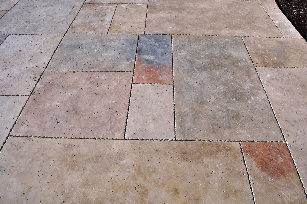 Rocksalt Travertine finish